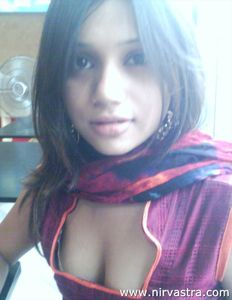 Indian Teen Girl Boobs Pressed By BF | Nirvastra Nude Indian Girls