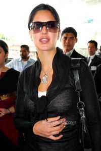 Heroine Picture: Boobs Show of katrina Kaif