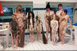 Family naturist enature russianbare family nudist girls « Photo