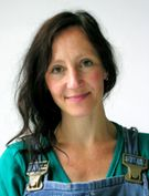 Eva Hild is een Zweedse keramiste die zeer grote en indrukwekkende