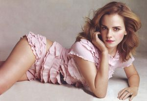 Hot Nude Celebrity: Emma Watson Pictures
