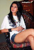 Jennifer Winget Hot tuhnder thighs show at Love Kiya Aur Lag Gayi