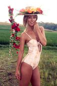 SUMMER GODDESS: Erin McNaught | ultimate lifestyle