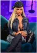 La cantante Nicki Minaj se presento en un programa de televisión casi