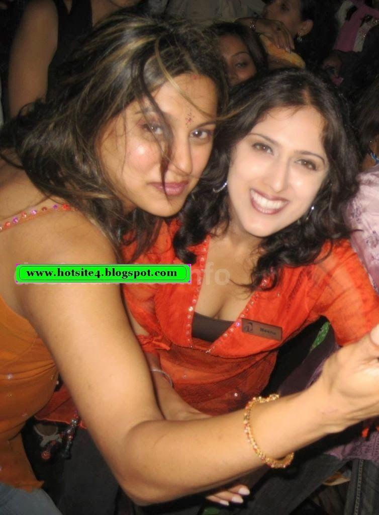 Rajastani Aunt Girija Exposing Herself For Her Guy Hot Mms Video Leaked Team Kk