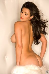 Crush Of The Day!: Kim Kardashian Nude