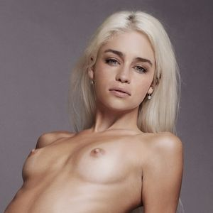 emilia clarke topless nude emilia clarke nude game of thrones hottie