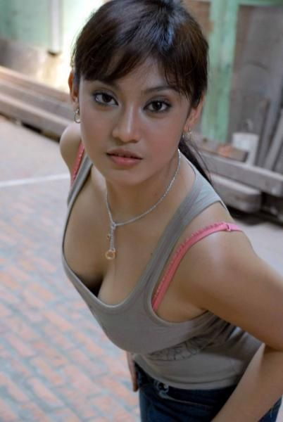 Ayu Anjani Hot
