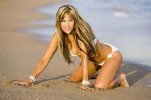 Lilian Garcia Beach Pics