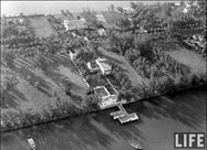 Al Capone's Palm Island home  Then and now
