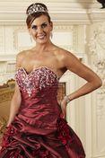 Noiva de Seda: Vestidos de noiva vermelho  Ousadas, arrasem!