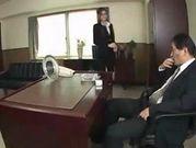 Memperkosa Sekretaris Cantik  Serba Ada