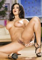 Sunny Leone Nude HD Photos ~ Indian Sexy 4U