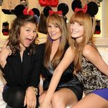 Bella Thorne & Zendaya  Watch Me Lyrics + Letras + Lirik + Tekst