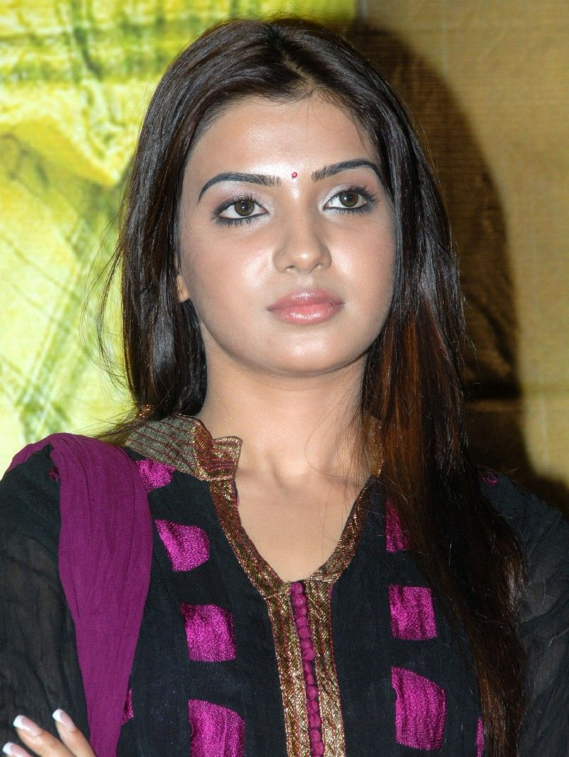 Samantha With Out Dress