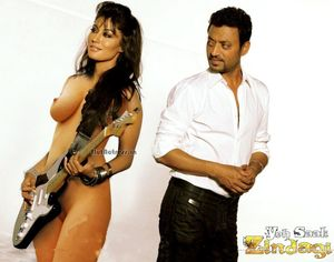 Singh Naked Showing Boobs And Vagina For Yeh Saali Zindagi | Nude