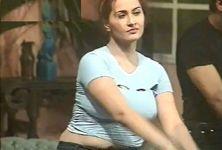 NargisHotMujra