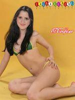 bajagratis net laura marano desnuda 4 todo para facebook imagenes