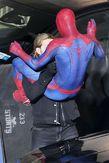 BoysNxHot: Andrew Garfield entallado en Spider Man!!