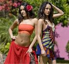 WWE Divas Nikki Brie Bella � Twins in Mexico�  Photos