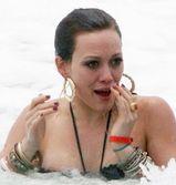 hilary duff nipple slip photo