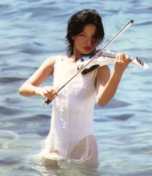 Vanessa Mae Dreams In White 2