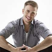 Menggok Blogs: Chris Evans | Actor Profile And New Photos 2012