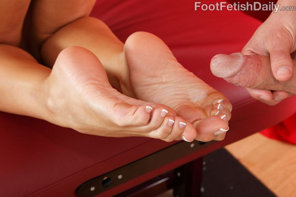 Feet Lovers Click Here