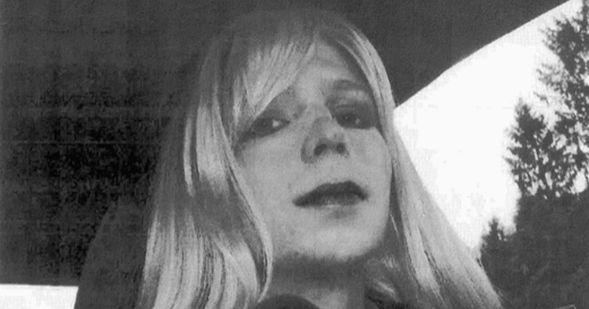 Edward Snowden issues heartfelt plea to Obama to pardon Chelsea Manning