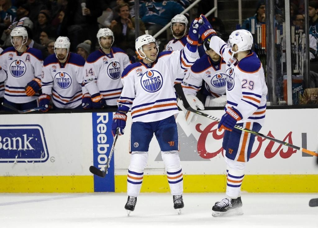 Sekera scores 2 goals, leads surging Oilers past Sharks 4-1