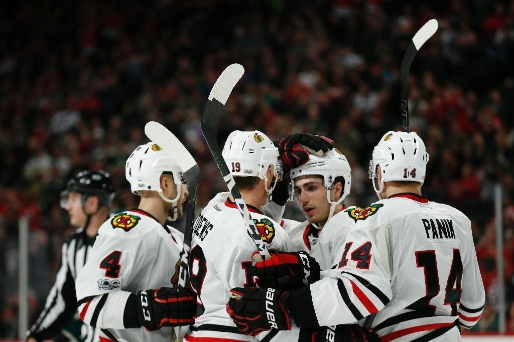 Toews' goal in OT lifts Blackhawks over Wild