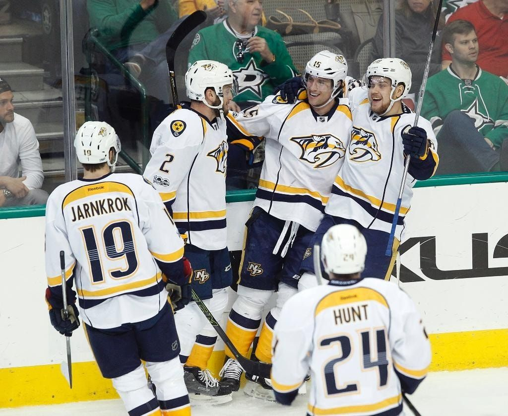 Arvidsson's 2 goals, 2 assists lead Predators past Stars 7-3