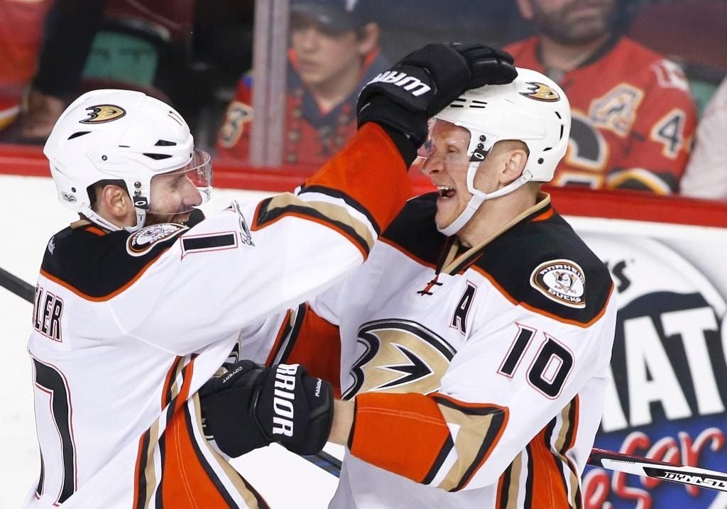 Perry scores in OT, Ducks take 3-0 series lead over Flames