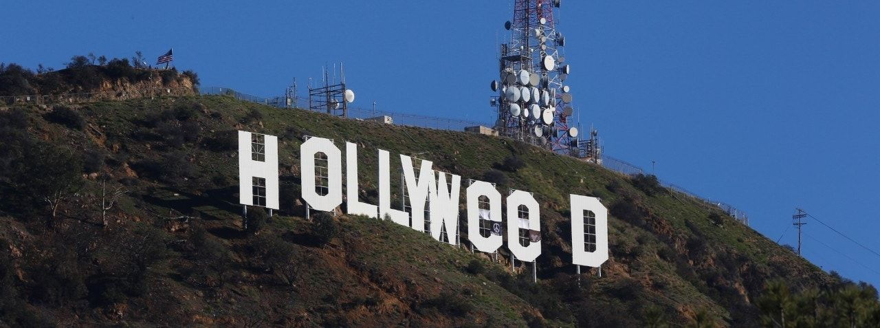 Vandal changes iconic LA sign to 'Hollyweed'