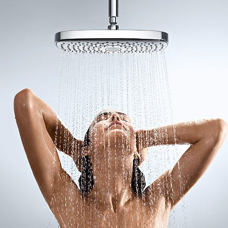 Women In Shower 1192