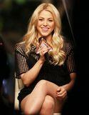 Cum arata Shakira intro pereche minuscula de pantaloni, la 4 luni de