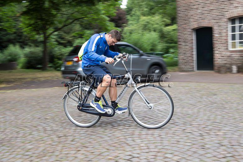 Το ταξίδι, τα ποδήλατα και η προπόνηση! (video+photos)