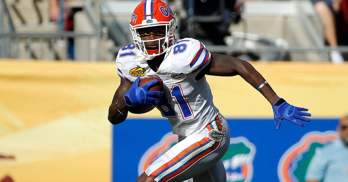Florida suspends WR Antonio Callaway, 6 others for opener against Michigan - FOXSports.com