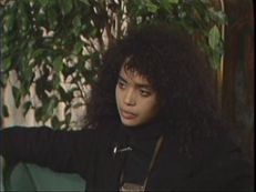 Bobbie Wygant Interviews Lisa Bonet for