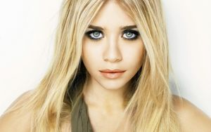 Ashley Olsen 01 Wallpaper | 1440x900 wallpaper download