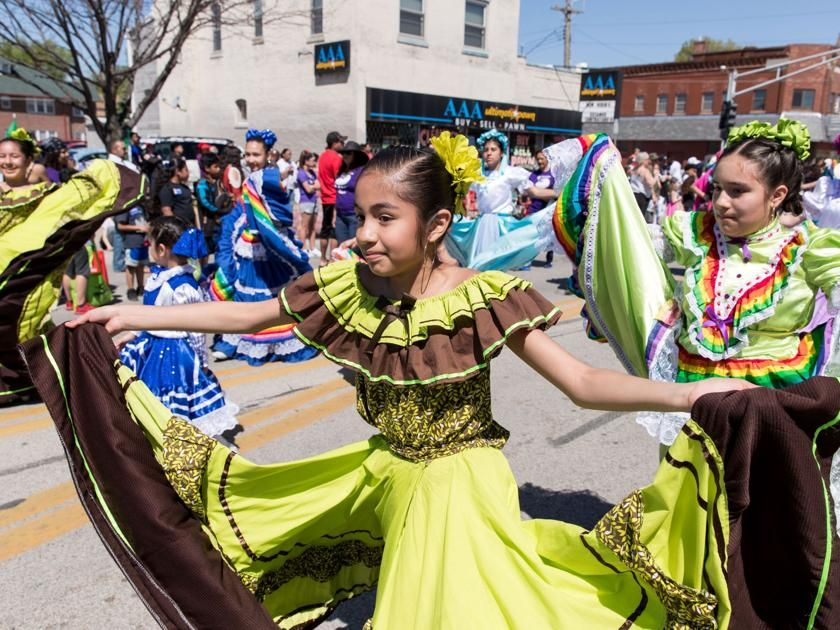 Thousands celebrate community, culture at Cinco de Mayo parade in South Omaha - Omaha World-Herald