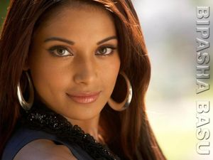 Bipasha Basu » bollywoodsnews wordpress com-Bpasha-Basu-wallpaper-32