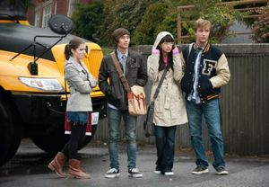 ) Anna Kendrick, Justin Chon, Christian Serratos, and Michael Welch