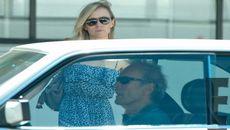 Clint Eastwood y Erica TomlinsonFisher. (Difusión)