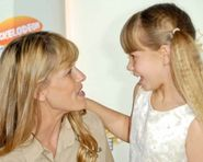 10 of 19 terri irwin and bindi irwin terri irwin and bindi irwin