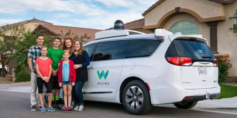 Waymo trials free self-driving taxi service in Phoenix