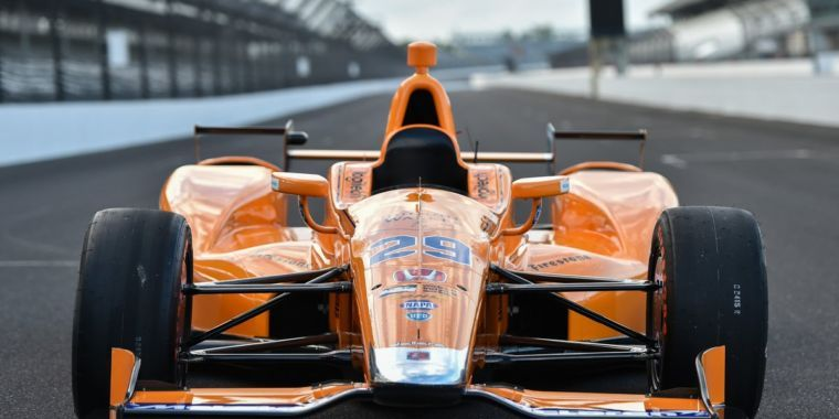 Watch F1's Fernando Alonso try the Indy 500 oval for the first time