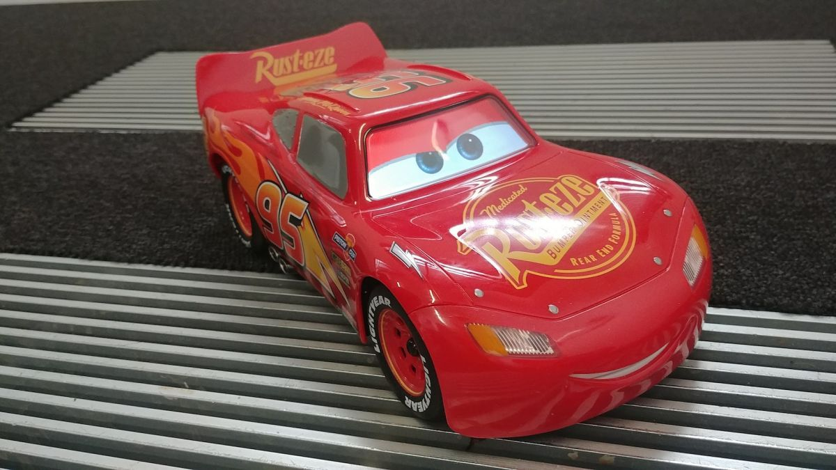 Sphero's Cars 3 Lightning McQueen racing car is 'the most advanced robotic toy ever'