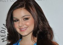 Ariel Winter's mother allegedly tried to create a nude photo scandal