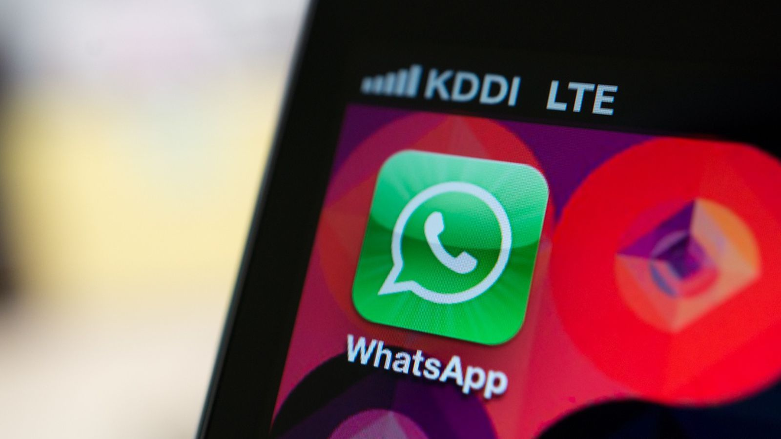 WhatsApp was down for two hours and the internet wasn't happy